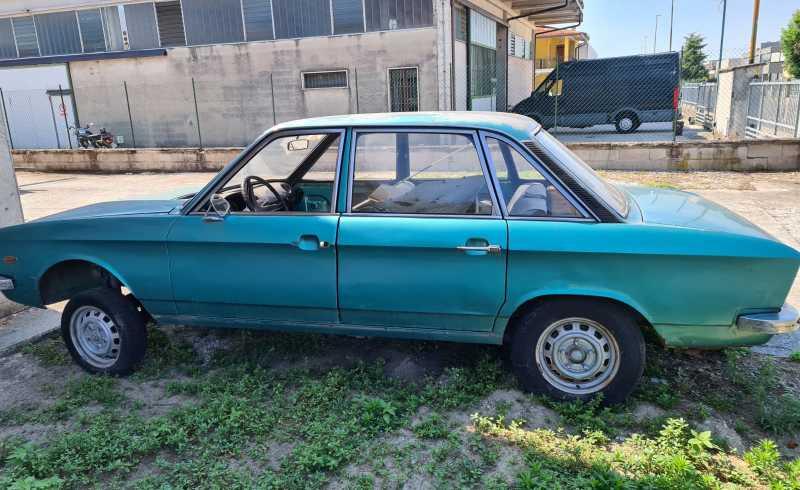 Auto_Volkswagen_K70L_Usata_Auto_d'Epoca (1)